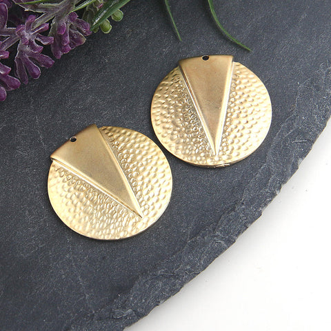 Gold, Round Hammered Pendant with Triangle Accent, 2 pieces // GP-514