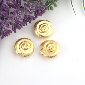 Gold, Metal Spiral Sea Shell Beads, Twist Sea Shell Beads, 3 pieces // GB-207