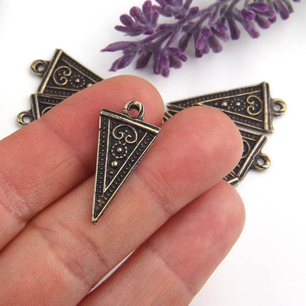 Antique Bronze, Tribal Triangle Charms, Tribal Charms, Ethnic Charms, 8 pieces // ABCH-032