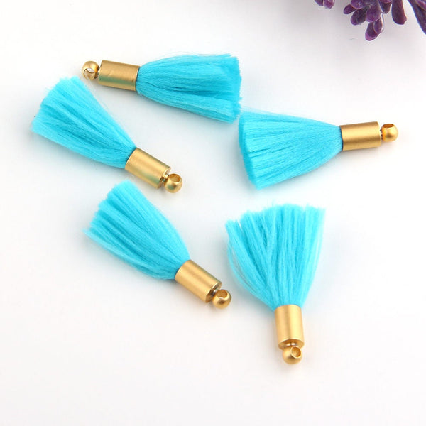 Mini Tassel Charms, Mini Bracelet Tassels, Earring Tassels, Tassel Charms, Baby Blue, 5 pieces // TAS-110