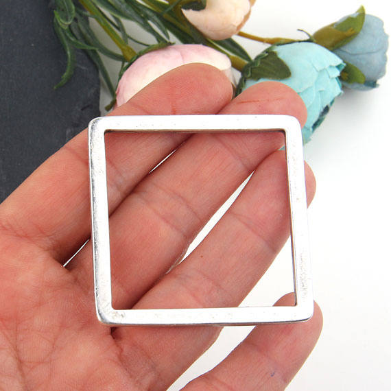Square Loop Connector Pendant, Silver Square Pendant, Closed Loop Link Pendant, Minimalist Pendant, 48 mm, 1 piece // SC-218
