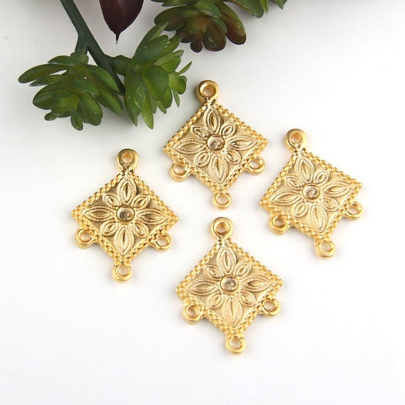 SALE, Gold, Tribal Patterned Chandelier Connector, Earring Component, 4 pieces // GC-515