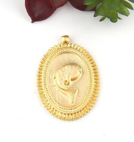 Gold Plated Oval Fish Medallion Pendant, Pendant, 1 piece // GP-542