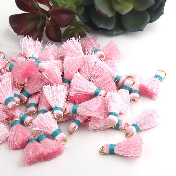 Pink, Mini Tassel Charms, Mini Tassels with Jump Rings, Mini Boho Tassels, Mini Yoga Tassels, 5 pieces // TAS-158