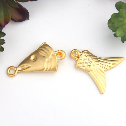 Gold Worry Fish Pendant, Double sided 2 segment Fish Pendant, 1 set // GP-573