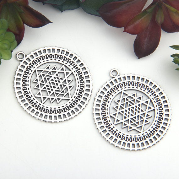 Silver, Round Tribal Patterned Pendants, Fretwork Pendants, 2 pieces // SP-366