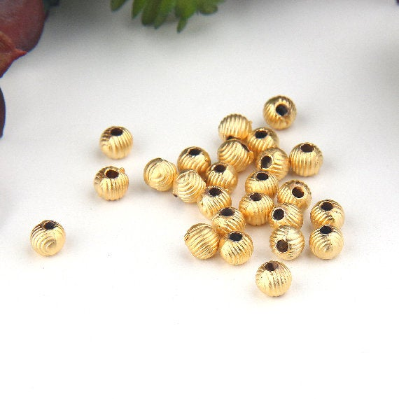 Gold, Mini Corrugated Ball Beads,4.5 mm, Mini Round Spacer Beads, 25 pieces // GB-270