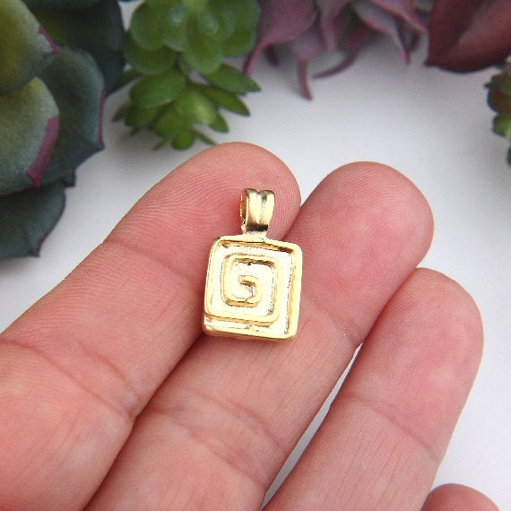Gold, Square Spiral Pendant Charms, Spiral Charms, 5 pieces // GCh-295
