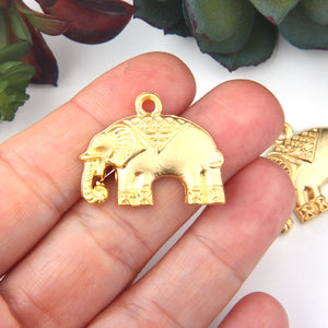 Tribal Elephant Pendants, Gold Elephant Pendants, Animal Jewelry, 2 pieces //GP-620