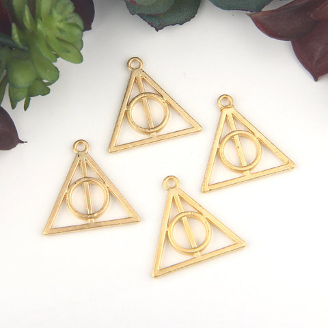 Gold, Triangle Charm Pendants, Circle in Triangle, Abstract Pendants, Geotmetric Charms, Geometric Pendants, 4 pieces // GP-604