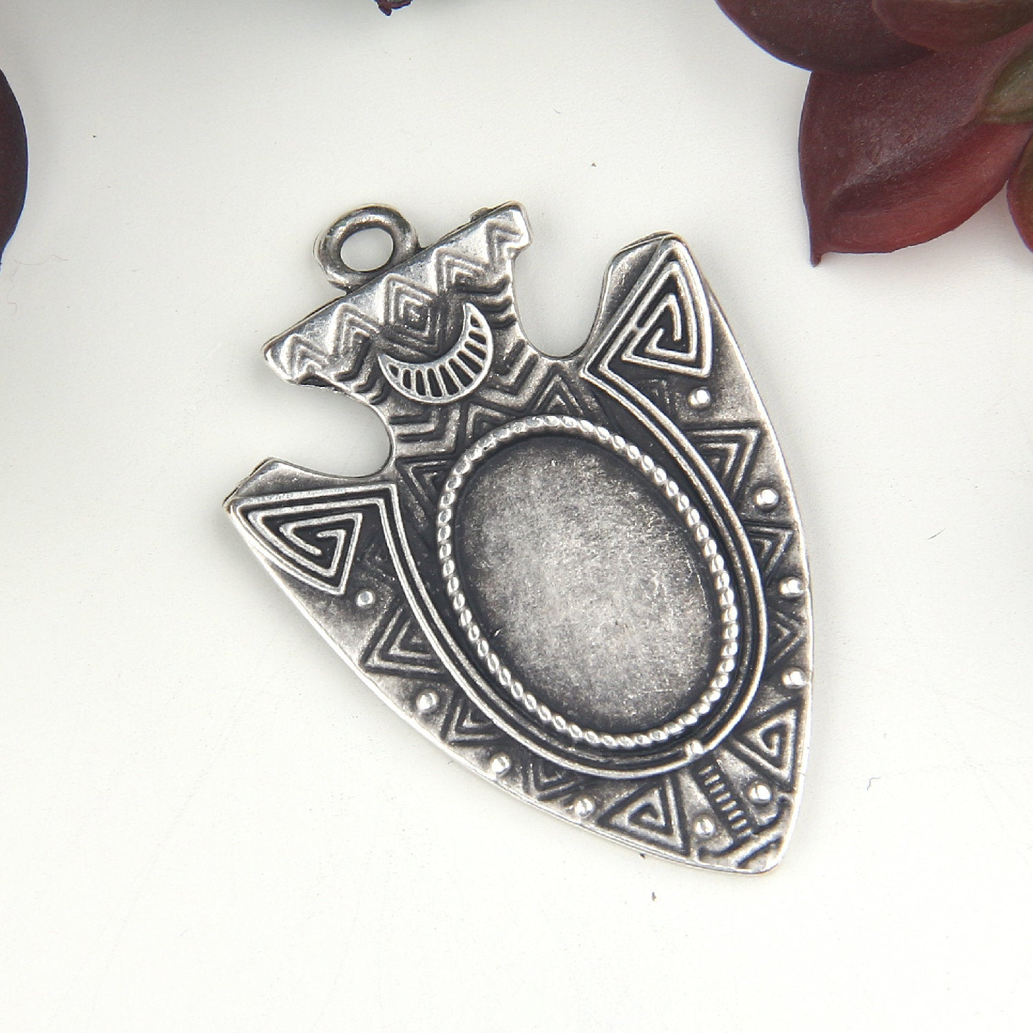 Silver, Triangle Tribal Spike Pendant, Ethnic Spike Pendant, 1 piece // SP-388