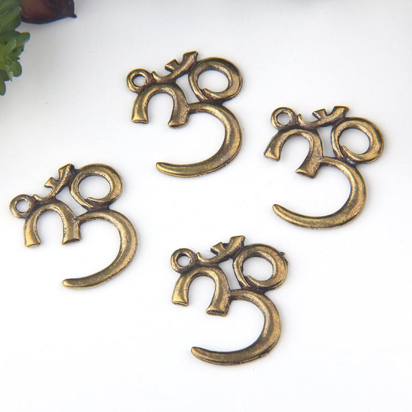Large Bronze OM, Yoga, Medidation Pendant Charms, OM Charms, 4 pieces // ABCh-041
