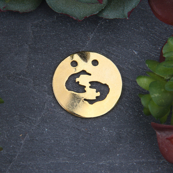 Pisces Zodiac Sign Pendant with Double Hole, Shiny Gold Horoscope Pendant, 1 piece // GP-623