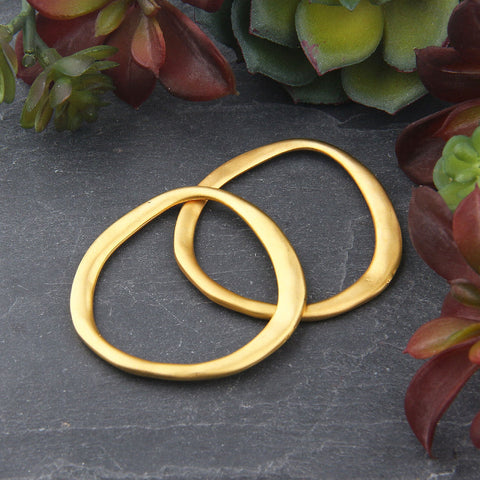 Gold Plated Hoop Pendant Connector, Off Circle Gold Connector Hoop, Gold Circle Link, 2 pieces // GC-569