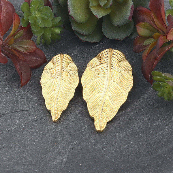 Gold Large Leaf Pendant, Slider Leaf Pendant, Jewelry Supplies, 1 piece // GP-639