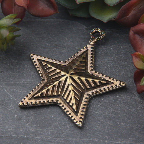 1 Large Bronzez Star Pendant, Textured 3D Star Pendant, Jewelry Supplies, 45x56mm // ABP-134