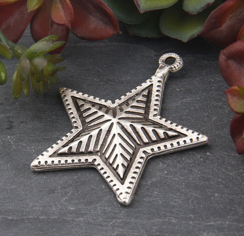 1 Large Silver Star Pendant, Textured 3D Star Pendant, Jewelry Supplies, 45x56mm // SP-409