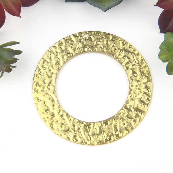 Raw Brass Circle, Large Hammered Cut out Circle Pendant, Raw Brass, Circle Earring Pendant, Jewelry Supplies, 1 piece // RAW-079