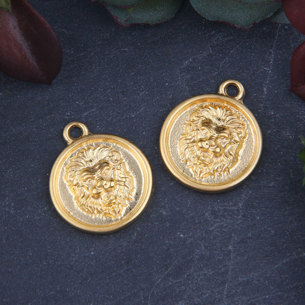 Gold Plated Lion Medallion Charms, Lion Mini Medallion Pendants, Lion Charms, Medallions, 2 pieces // GCh-333