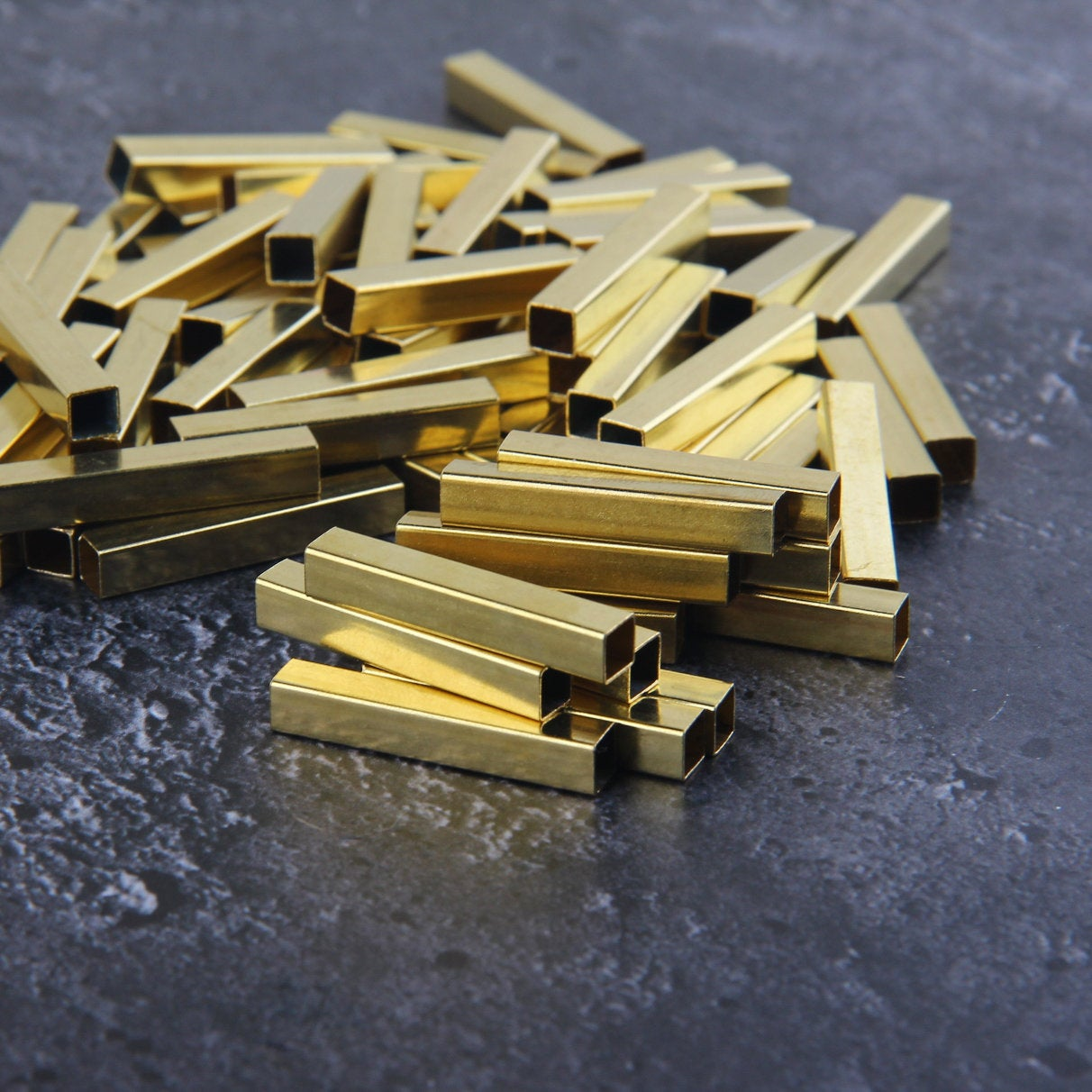 Tubular Cube Raw Brass, Raw Brass Tube, Tubular Beads, Cube Raw Brass, 8 pcs 5x30 mm // RAW-126