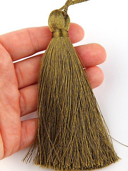 Army Green, Large and Thick Silk Tassel- Jewelry Supplies  // TAS-020