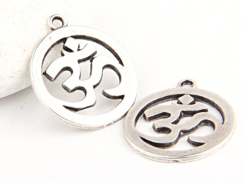 Sanskrit OM Pendant, Yoga OM pendants, Silver Plated, 2 pieces // SP-214