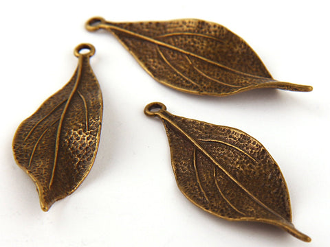Antique Bronze Leaf Pendant, Leaf Charm Pendants - 3 pieces //  ABP-056