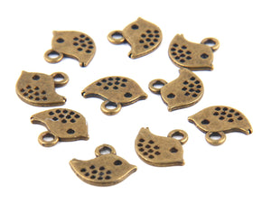 Antique Bronze Mini Bird Charms, Spotted Bird Charms, 10 pieces // ABCh-014