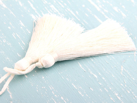 Light Creme, Silk Thread Tassels, 2 pieces - Jewelry Supplies  // TAS-016