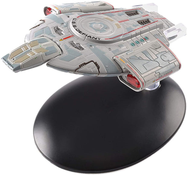 Star Trek Deep Space Nine U.S.S. Defiant NX-74205