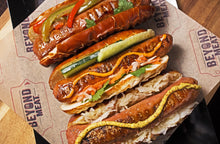 Load image into Gallery viewer, Beyond Sausage, Original Brats - 6pc x 99gr