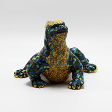 Load image into Gallery viewer, Ceramic Galapagos Green Marine Iguana sculpture