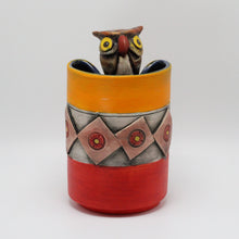 Load image into Gallery viewer, Owl Ceramic Vase
