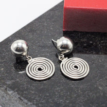 Load image into Gallery viewer, Spiral Silver Earring 7