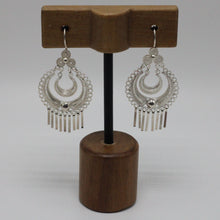 Load image into Gallery viewer, Silver Filigree Earrings 10