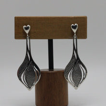 Load image into Gallery viewer, Silver Leafs Earrings 18