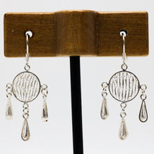 Load image into Gallery viewer, Three Drops Silver Earrings 30