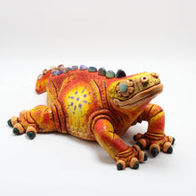 Load image into Gallery viewer, Ceramic Modeled Iguana 9