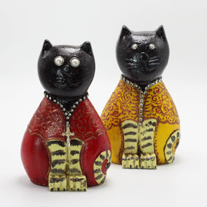 Wooden Cat Couple