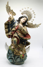 Load image into Gallery viewer, Virgen de Quito Medium