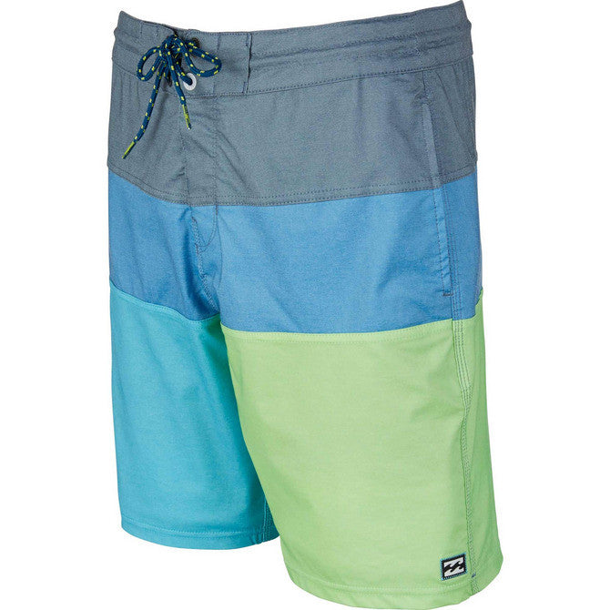 Billabong Men's Tribong Interchange Lo Tide Boardshort