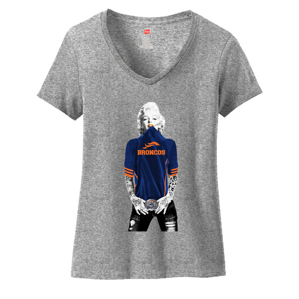 Marilyn Monroe Broncos Ladies V-neck T-shirt Sports Clothing