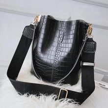 Load image into Gallery viewer, Crocodile Bucket Bag