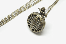 Load image into Gallery viewer, Steampunk Bone Pocket Watch