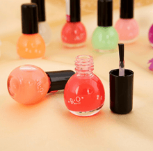 Load image into Gallery viewer, Glow in the Dark Nail Polish(5PCS,random color)