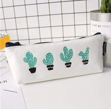 Load image into Gallery viewer, Cactus Pencil Case