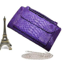 Load image into Gallery viewer, Snake Pattern Genuine Leather Clutch