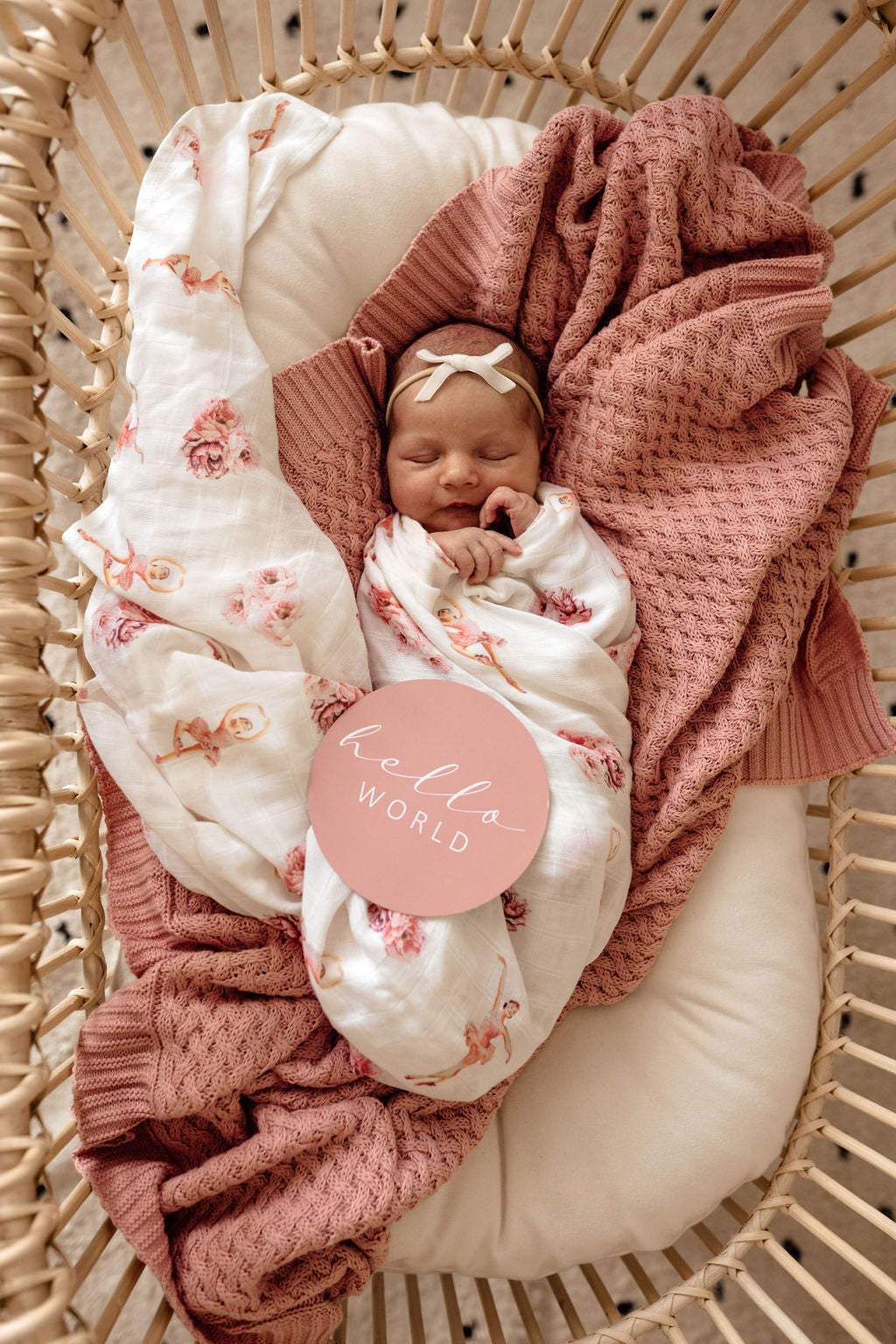 Diamond Knit Baby Blanket - Rosa