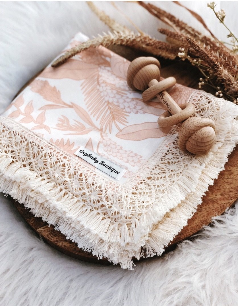 Fringed Organic Cotton Wrap - Halle (plus accessories)