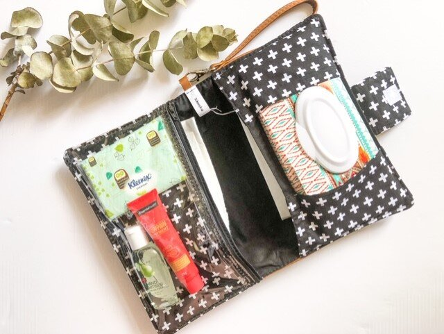 Deluxe Nappy Wallet - Mono Crosses
